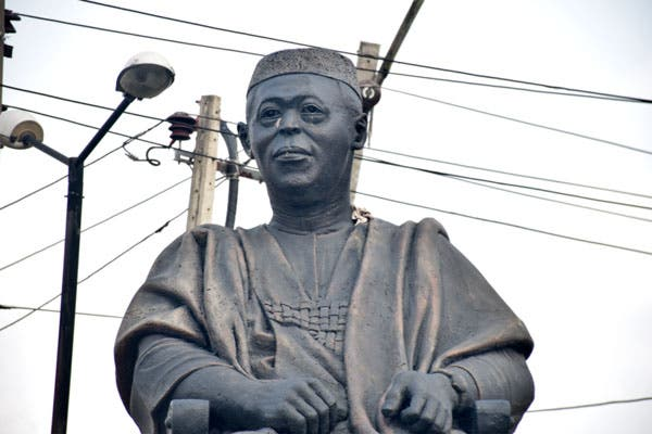 Photo of Hoodlums Steal Obafemi Awolowo's Glasses From His Statue (Photos)